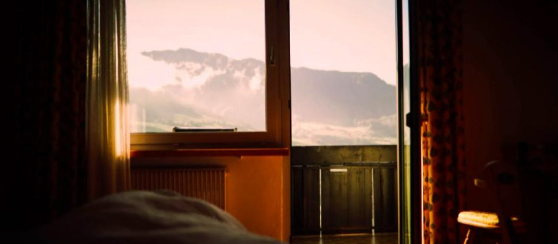 Why every bedroom should have windows